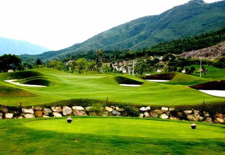 Diamond Mountain Golf Club Cover Picture