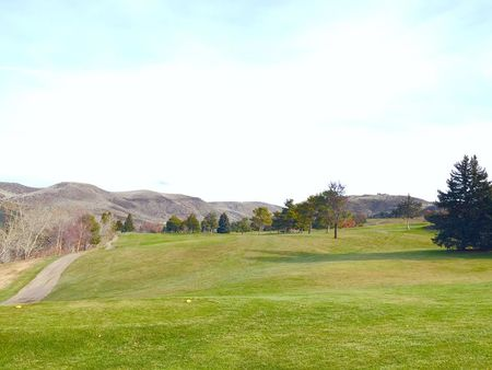 Shadow valley golf course cover picture