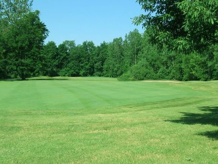 Overview of golf course named Chestnut Hills Golf Club