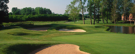 Overview of golf course named Hawthorns Golf and Country Club