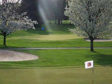 Maple Creek Golf and Country Club Cover Picture