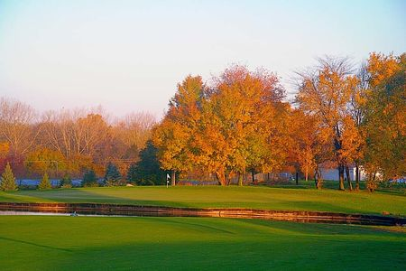 Rivercrest golf club cover picture