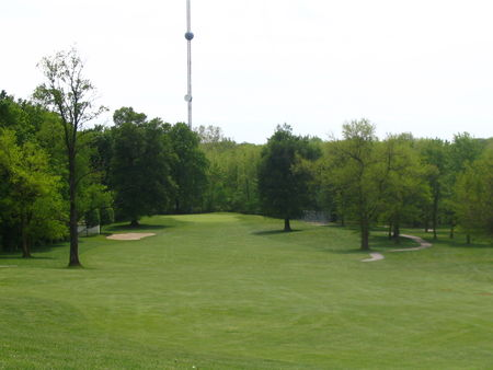 Winding river golf club cover picture