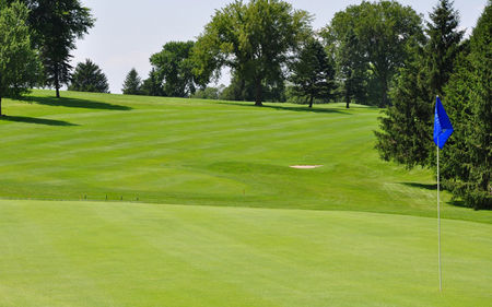 Quaker Hill Country Club Cover Picture