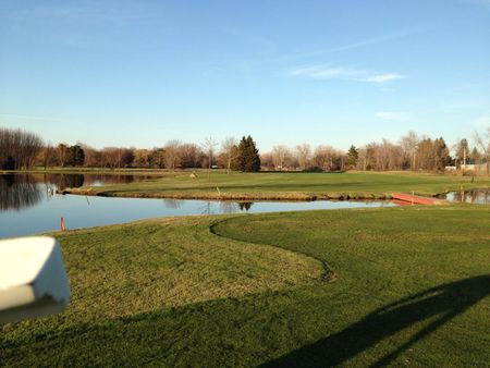 Shorewood country club cover picture
