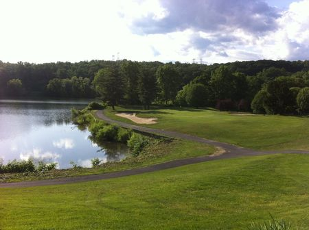 Sprain lake golf course cover picture