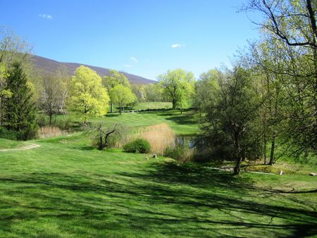 Undermountain Golf Course Cover Picture