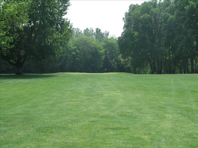 Lakeside golf course cover picture