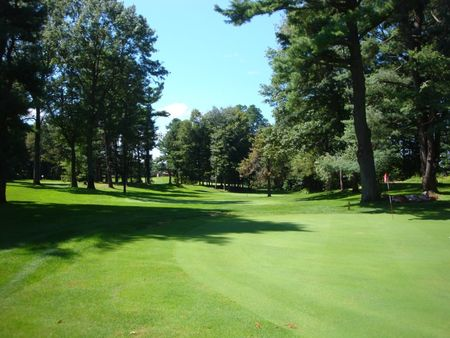 Overview of golf course named Whispering Pines Executive Golf Course