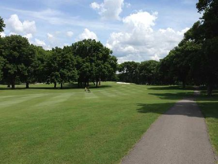 Overview of golf course named Bluegrass Yacht and Country Club