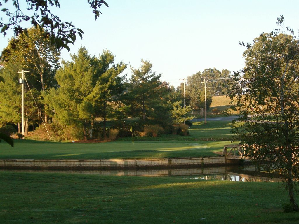 Bowling green country club cover picture