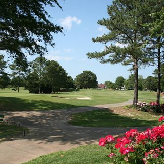 Broad bay country club cover picture