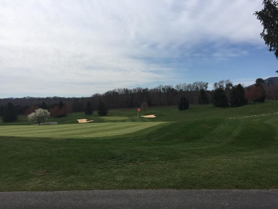 Woodstone meadows golf course at massanutten cover picture