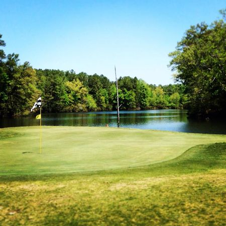 Overview of golf course named Nansemond River Golf Club