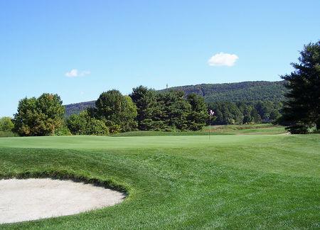 Blue Fox Run Golf Club Cover Picture