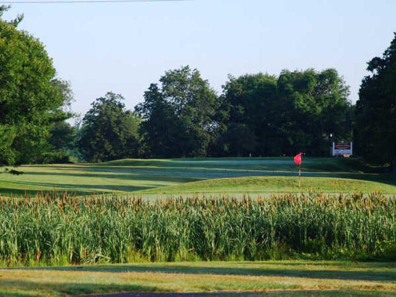 D fairchild wheeler golf course cover picture