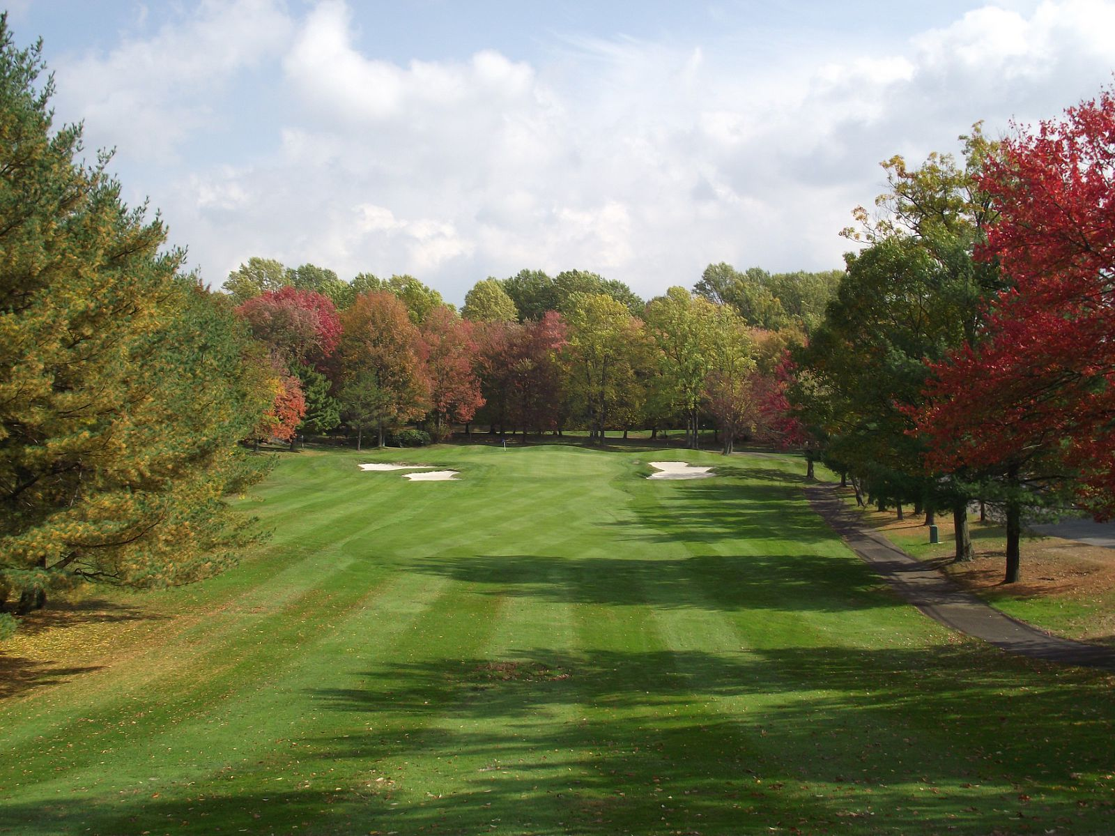 Overview of golf course named Oronoque Village Country Club
