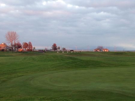 Short Beach Golf Course Cover Picture