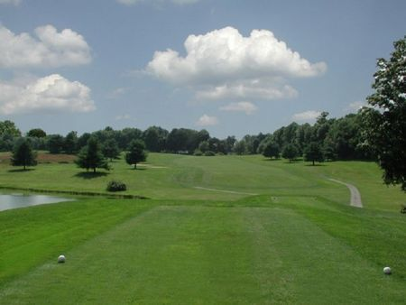 Tashua Knolls Golf Club Cover Picture