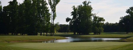 The hooch golf club cover picture