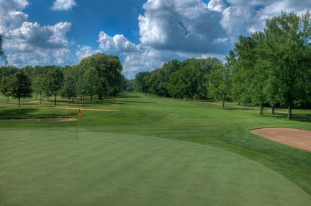 Laurel springs golf club cover picture