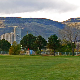 Applewood golf course cover picture