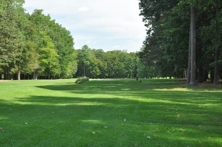 Overview of golf course named Caroline Country Club