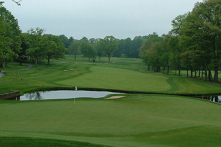 Overview of golf course named Woodmont Country Club