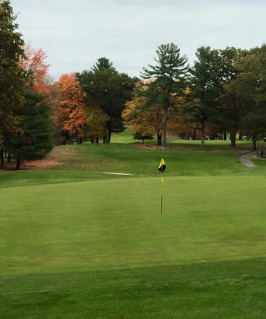 Hickory Hills Golf Course Cover Picture