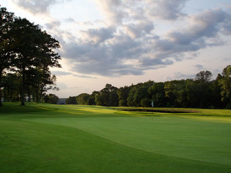 Highfields Golf and Country Club Cover Picture