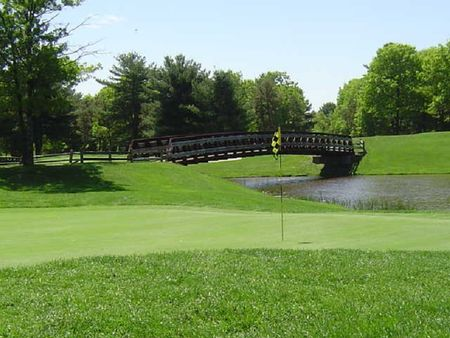 Overview of golf course named Squirrel Run Country Club