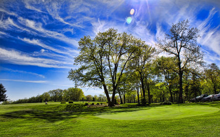 Mount Summit Golf Course Cover