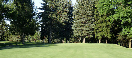 Overview of golf course named Oak Lake Golf Course