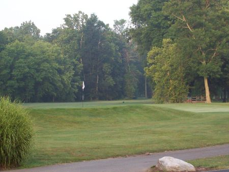 Overview of golf course named Hickory Valley Golf Club