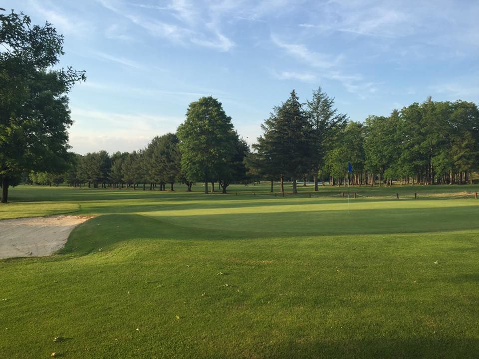 Chetremon golf course cover picture