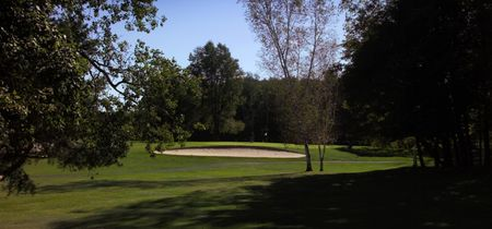 Overview of golf course named Riverside Golf C