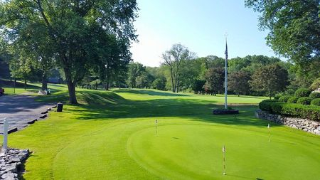 Fairlawn Golf Course Cover Picture