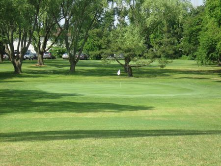 Midway Par 3 Golf Course Cover Picture