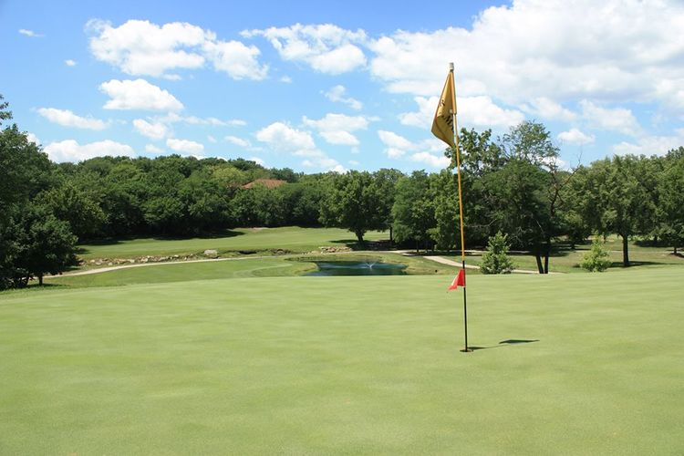Alvamar golf club cover picture