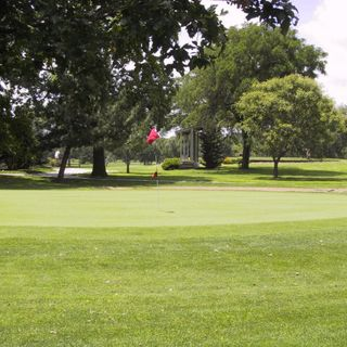 Carey park golf course cover picture