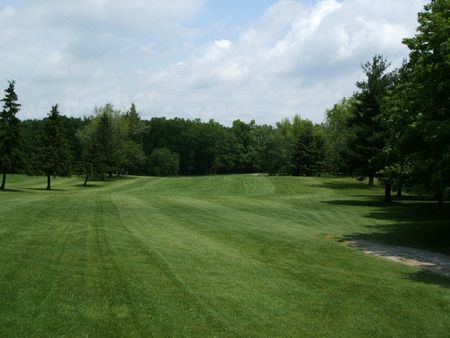 Twin Lakes Golf Course Cover Picture