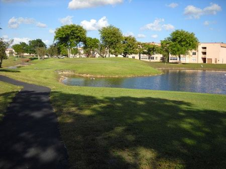 Overview of golf course named Sunrise Lakes Phase