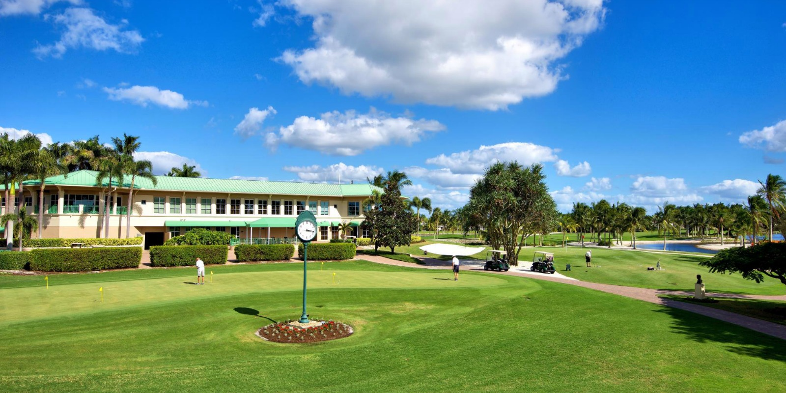 Overview of golf course named Island Country Club