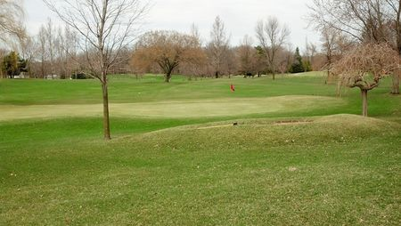 Oak hills par public golf course cover picture