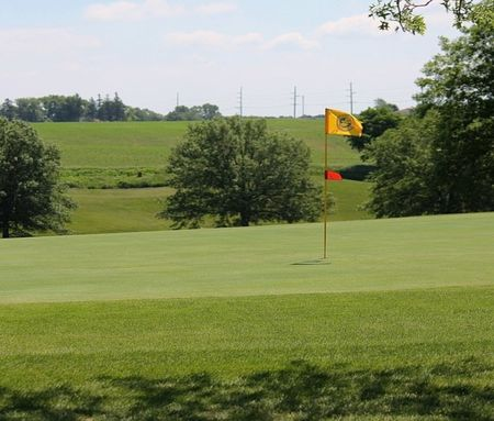 Overview of golf course named Oakland Acres Golf Club