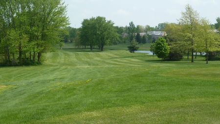 Woods edge golf course cover picture
