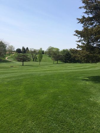 Dyersville Golf and Country Club Cover Picture