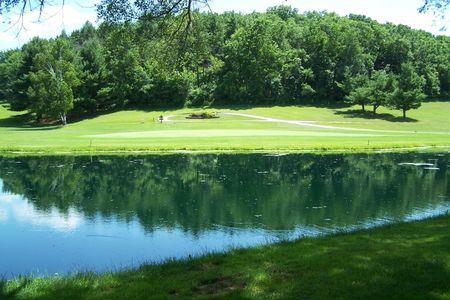 Elkader golf and country club cover picture