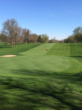 Grinnell golf and country club cover picture