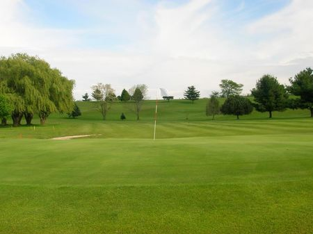 Hidden Hills Golf Course Cover Picture